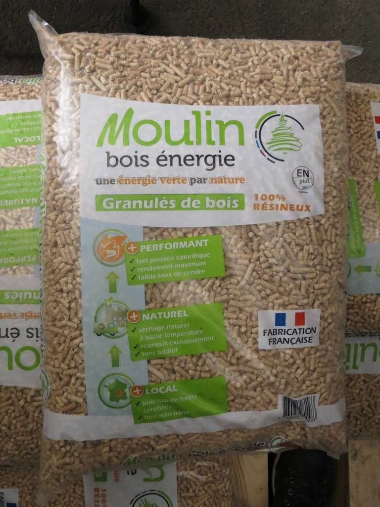 sac de granul s de bois pellets de 15 kg moulin bois. Black Bedroom Furniture Sets. Home Design Ideas